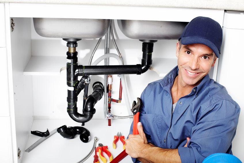 conseils et astuces comment trouver un bon plombier. Black Bedroom Furniture Sets. Home Design Ideas